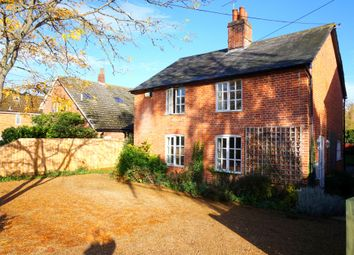 Thumbnail 3 bed cottage to rent in White Horse Road, East Bergholt, Colchester