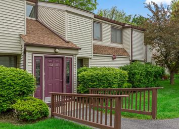 Thumbnail Town house for sale in 51 Jefferson Oval, Yorktown Heights, Ny 10598, Usa