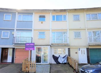 Thumbnail 4 bed town house for sale in Long Riding, Basildon