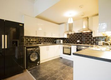 5 bed flat to rent in Hope Park Terrace, Edinburgh EH8