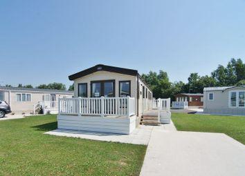 Thumbnail 2 bed mobile/park home for sale in Midwood Caravan Park, Head Dyke Lane, Pilling