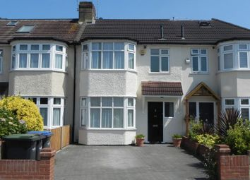 Thumbnail 3 bed property to rent in Connaught Avenue, Enfield