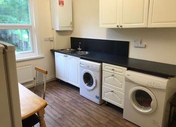 Thumbnail 3 bed flat to rent in Russell Rise, Caddington, Luton, Bedfordshire