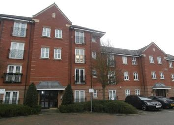 Thumbnail Flat for sale in Shillingford Close NW7,