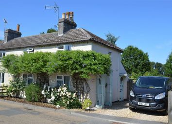 Thumbnail 2 bed cottage for sale in Low Street, Collingham, Newark