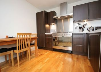 Thumbnail 2 bedroom flat for sale in Canal Court, Linlithgow