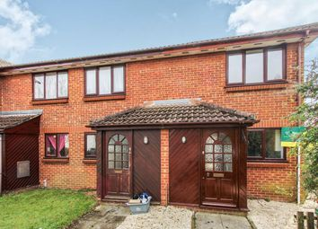 2 bed property to rent in Hardy Close, Southampton SO15