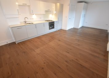 Thumbnail 1 bed flat to rent in The Grove, Slough