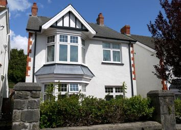 Thumbnail 3 bedroom detached house to rent in Castle Avenue, Mumbles, Swansea
