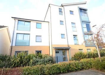 Thumbnail 1 bed flat for sale in Puffin Way, Reading, Berkshire