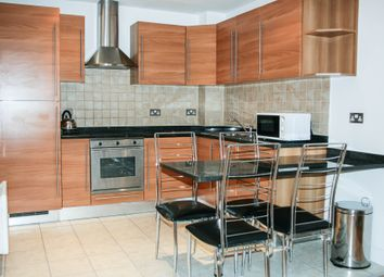 Thumbnail 2 bed flat to rent in Regents Park Road, Finchley Central, London