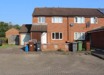 Room to rent in Tudor Court, Borehamwood WD6