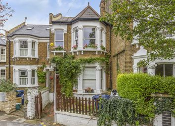 Thumbnail 2 bedroom flat for sale in Newton Avenue, London