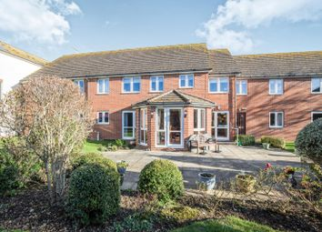 Thumbnail 1 bedroom flat to rent in Shrubbs Drive, Middleton-On-Sea, Bognor Regis