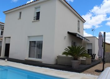 Thumbnail 4 bed detached house for sale in Languedoc-Roussillon, Gard, Calvisson