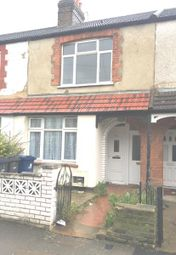 2 bed maisonette to rent in Victoria Road, Southall UB2