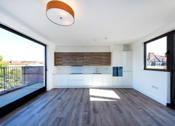 3 bed flat for sale in Well Street, London E9