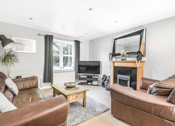 2 bed flat for sale in Lawrence Place, Newbury RG14