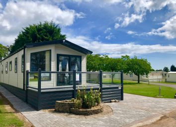 Thumbnail 2 bed mobile/park home for sale in Seaview Avenue, Seaton Estate, Arbroath