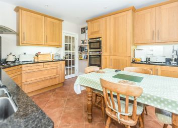 Thumbnail 6 bedroom detached house for sale in Hallow Lane, Lower Broadheath, Worcester