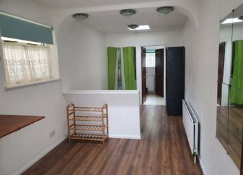 Thumbnail Studio to rent in Stipularis Drive, Hayes, Middlesex