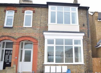 The Lodge, Hornchurch Road, Hornchurch RM11. 2 bed flat