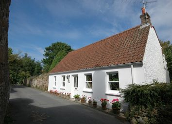 Thumbnail 4 bed cottage for sale in Fosse De Bas, St. Martin, Guernsey