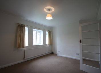 Thumbnail 2 bed flat to rent in The Drive, South Woodford