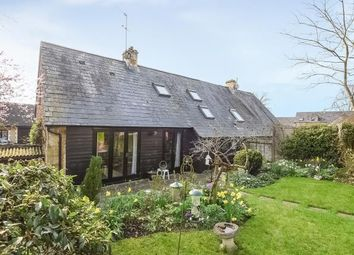 Thumbnail 2 bedroom cottage for sale in Kingham, Oxfordshire