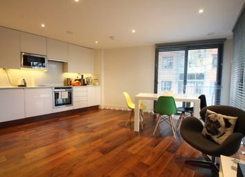Thumbnail 1 bed flat to rent in Hall Street, London