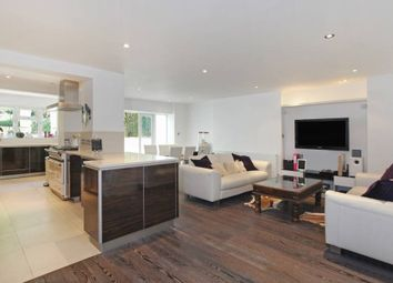 Thumbnail 1 bed flat to rent in Upper Addison Gardens, London