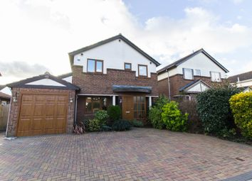 Thumbnail 3 bed detached house for sale in Ilmington Drive, Basildon
