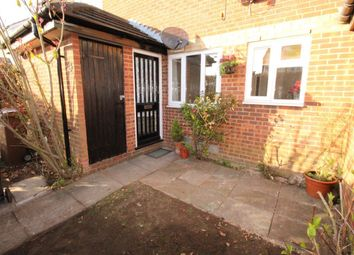 Thumbnail 1 bedroom maisonette to rent in Alder Crescent, Luton
