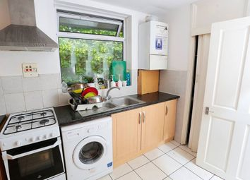 Thumbnail Room to rent in Rosefield Gardens, Poplar, London, Greater London
