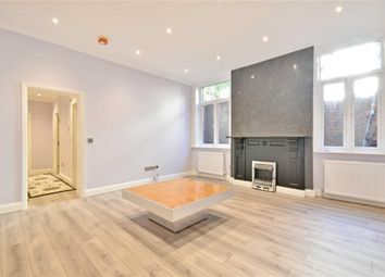 Thumbnail 1 bed flat to rent in Greencorft Gardens, South Hampstead
