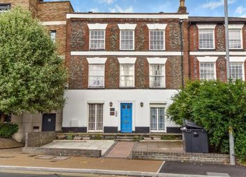 Thumbnail 2 bedroom flat for sale in Town Centre, High Wycombe, Buckinghamshire