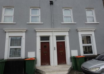 Thumbnail Studio to rent in Manbey Grove, London