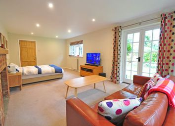 Thumbnail 1 bed property to rent in Bradcutts Lane, Cookham, Maidenhead