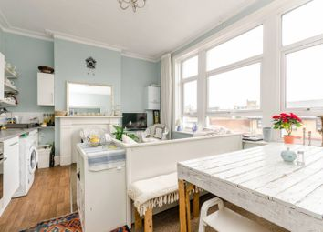 3 bed maisonette to rent in Royal Parade, Fulham, London SW6