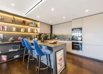 Thumbnail 3 bed flat to rent in Buckingham Palace Road, Westminster, London
