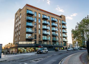 Thumbnail 1 bed flat to rent in Mariners Place, London