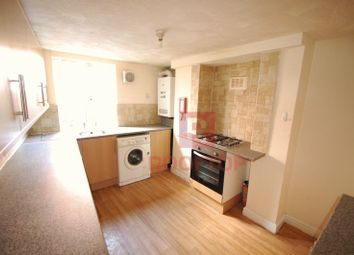 Thumbnail 6 bedroom property to rent in Hessle Place, Hyde Park, Leeds