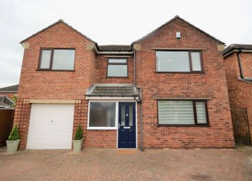 Thumbnail 4 bed detached house for sale in 1 Selby Close, North Hykeham, Lincoln