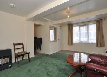 Thumbnail 2 bedroom property to rent in Cambridge Road, Hitchin