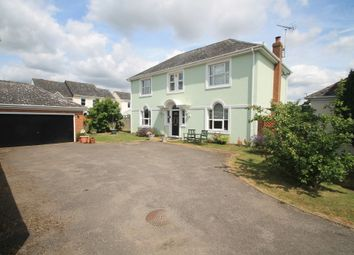 Thumbnail 5 bed detached house for sale in Goldcrest, Aylesbury