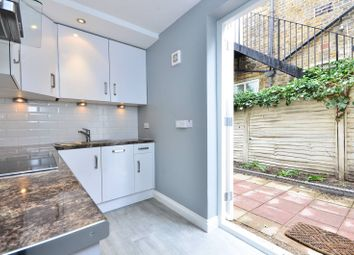 Thumbnail 1 bed flat to rent in Rigault Road, Parsons Green
