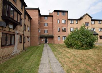 1 bed flat for sale in Waterville Drive, Basildon, Essex SS16