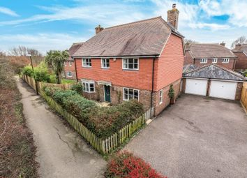 Thumbnail 5 bed detached house for sale in Morris Drive, Billingshurst