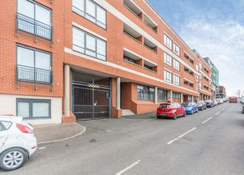 2 bed flat to rent in Avoca Court, 146 Cheapside B12