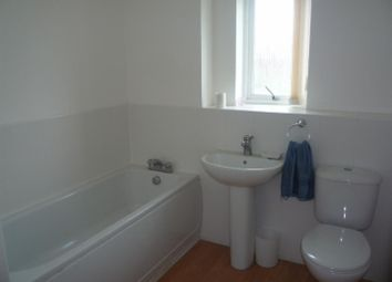 Thumbnail 2 bed flat to rent in Maunds Farm, Commonside Road, Harlow